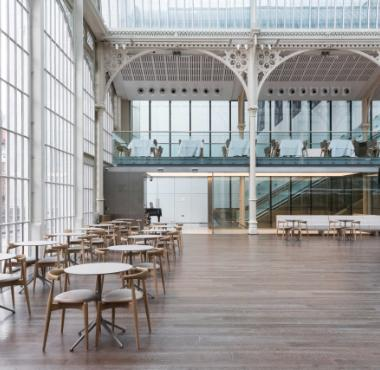 Junckers Oak Spicy Pepper solid wood floor at Paul Hamlyn Hall, The Royal Opera House, Covent Garden, London. Photo: Jake Fitzjones
